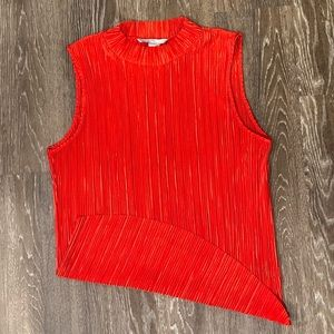 Red Sleeveless M Blouse